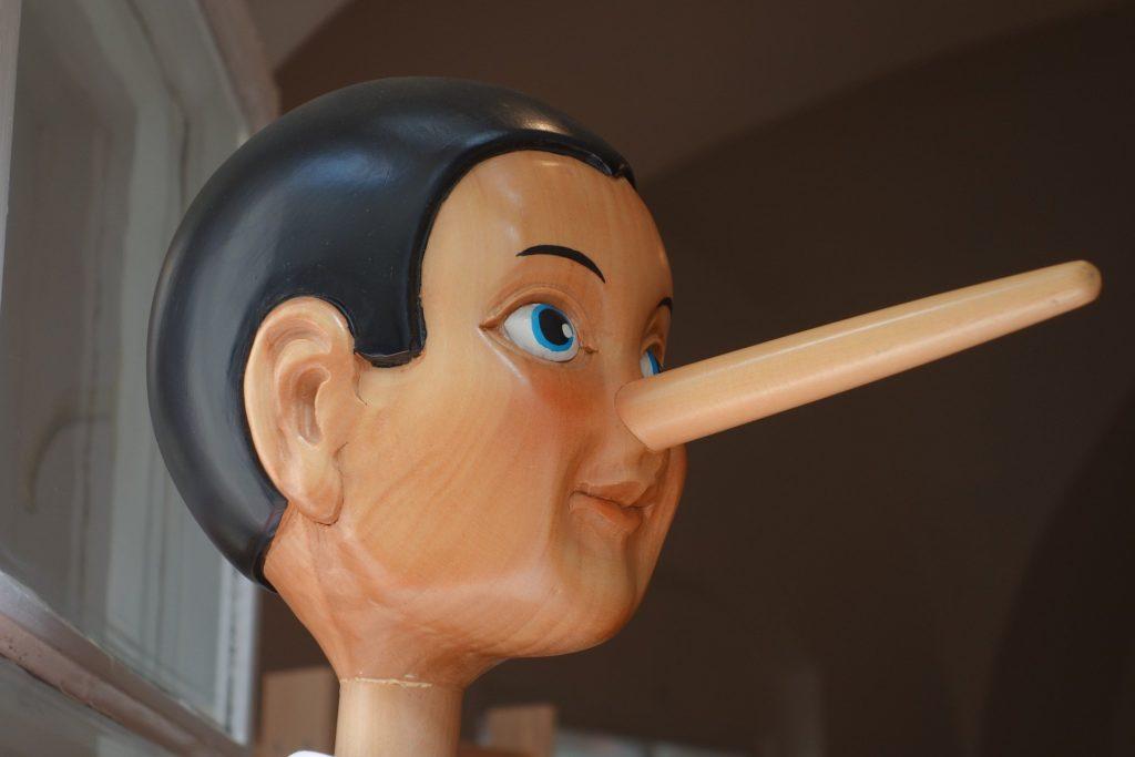 Retrato de Pinocho de perfil
